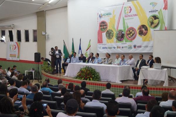 1ª Oficina de Planejamento da Rota da Fruticultura discute expansão de produção
