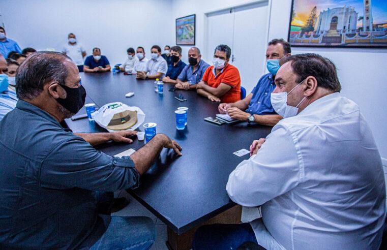 Reunião discute tecnologias para hortaliças em Arapiraca
